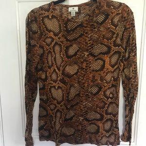Long sleeve brown snake print tee